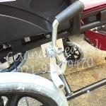 Kursi Roda Kecil KY871LB-rem kursi roda