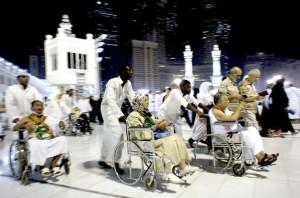 muslim-pilgrims-gather-at-the-kaaba-img-153010